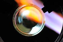 Detailbild bei der Flammbearbeitung