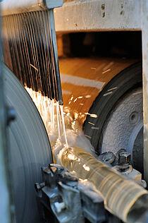 Schleifmaschine in der Glastechnik Kirste KG