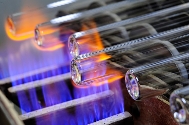 Heißbearbeitung von Glasrohren bei der Glastechnik Kirste GK