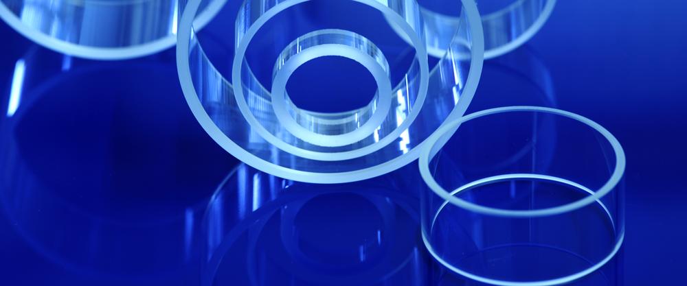 banner5 - Glasringe auf blauem Grund